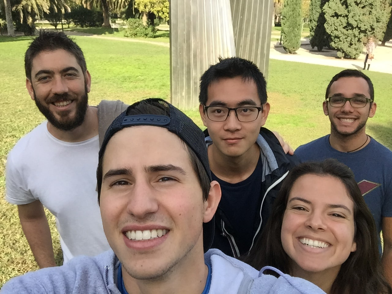 selfied'étudiants dans un parc