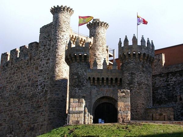 Ausflüge zu Burgen in Valencia um Spanisch zu lernen 1