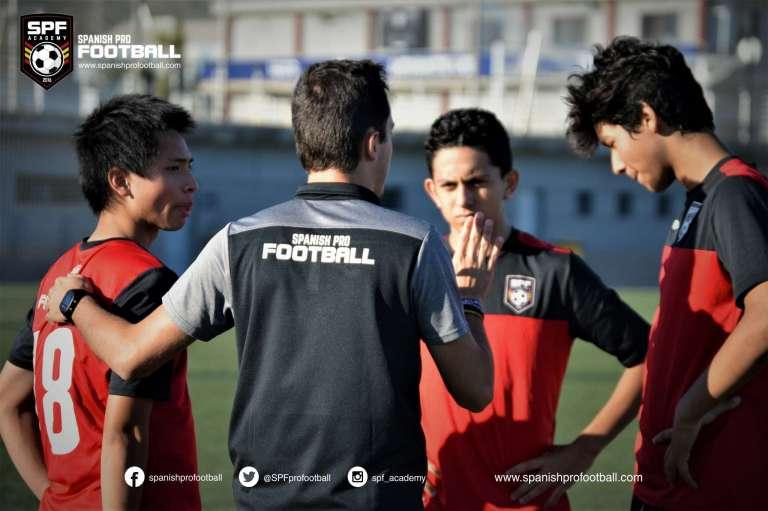 Fußballcamp in Spanien + Sprachtraining 2